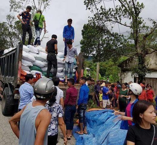 Ấm lòng những sẻ chia của người Việt xa xứ với người dân vùng lũ - ảnh 7