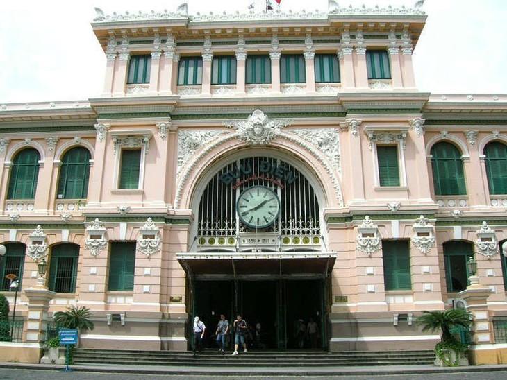 Bưu điện Trung tâm Sài gòn, công trình kiến trúc đặc biệt ở thành phố Hồ Chí Minh - ảnh 2