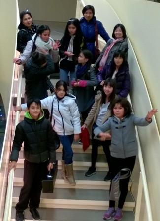 Dạy tiếng Việt và âm nhạc truyền thống - cách truyền bá văn hóa VN tại Pháp - ảnh 12