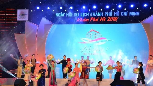 Khai mạc Ngày hội Du lịch Thành phố Hồ Chí Minh 2018 - ảnh 1