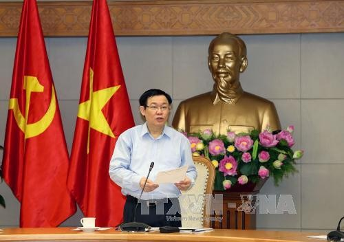 Deputy PM: collectives linked to economic restructuring  - ảnh 1