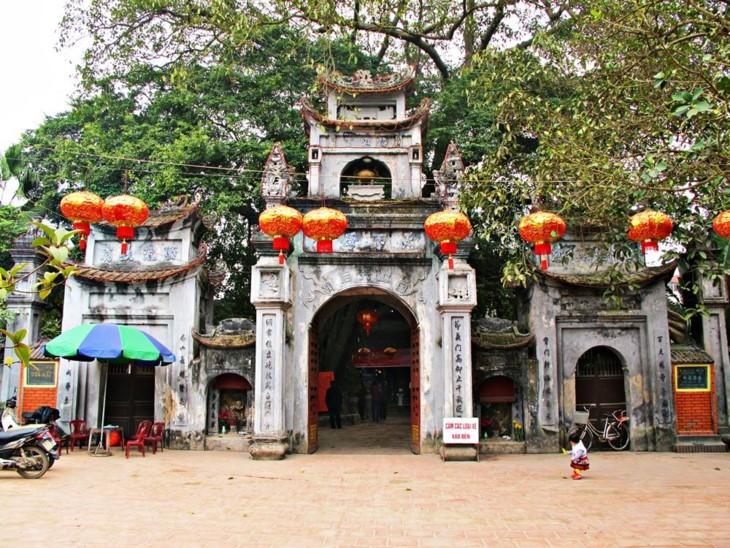 Mother Goddess temple in Hung Yen - ảnh 1