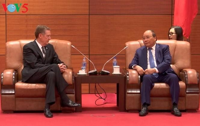 នាយករដ្ឋមន្រ្តីវៀតណាមលោក Nguyen Xuan Phuc ទទួលជួបសន្ទនាជាមួយតំណាងនៃខឿនសេដ្ឋកិច្ចជាសមាជិកនៃ APEC  - ảnh 1