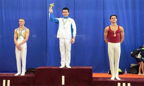 Senam Alat Vietnam meraih 4 medali emas pada Piala Muda Dunia - ảnh 1