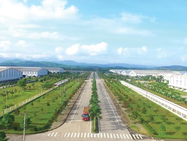 មណ្ឌលសេដ្ឋកិច្ចបើកទូលាយ Chu Lai - ក្បាលរថភ្លើងនៃខឿនសេដ្ឋកិច្ចខេត្ត Quang Nam - ảnh 1