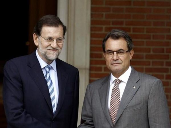 អេស្ប៉ាញប្រឆាំងជំទាស់រាល់ការប៉ុនប៉ងធ្វើប្រជាមតិអំពីឯករាជ្យរបស់តំបន់ Catalonia - ảnh 1