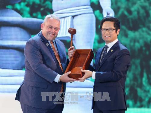 APEC CEO Summit បិទបញ្ចប់ហើយផ្ទេរប្រគល់តំណែងប្រធាន CEO Summit សំរាប់ Papua New Guinea - ảnh 1