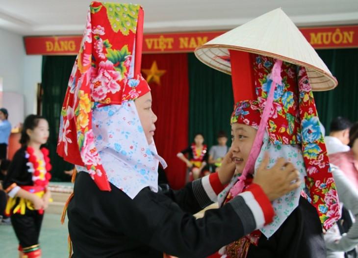 """ពិធីបុណ្យ """"តមខ្យល់"""" របស់ជនជាតិ Dao Thanh Phan នៅខេត្ត Quang Ninh - ảnh 1"""
