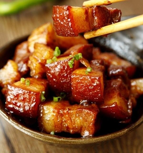 Варёное мясо в сахарном соусе – традиционное вьетнамское блюдо - ảnh 4