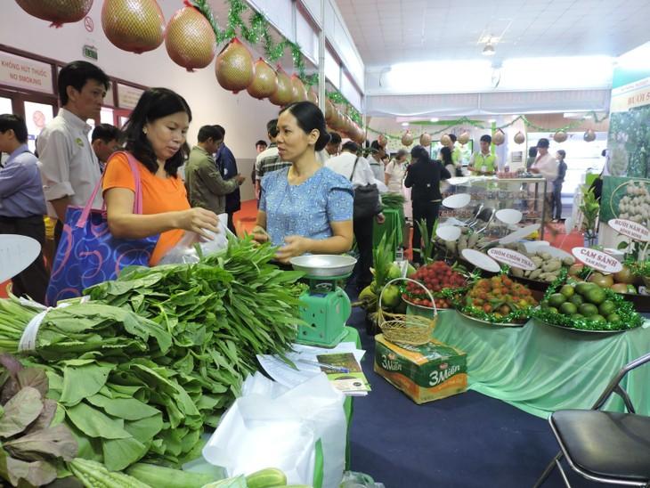 Во Вьетнаме открылась Международная сельскохозяйственная ярмарка 2015 года - ảnh 1