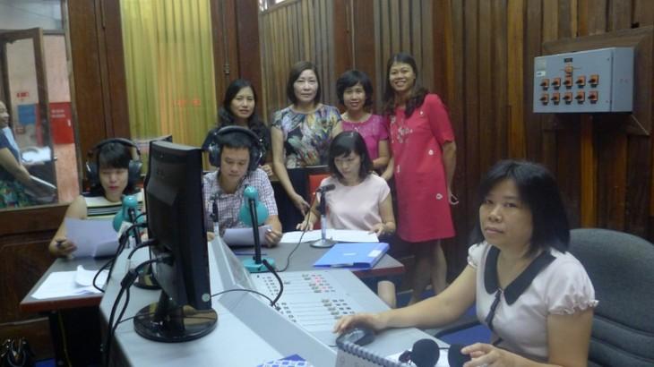 У радио «Голос Вьетнама» появился ещё один канал для иностранцев - ảnh 1