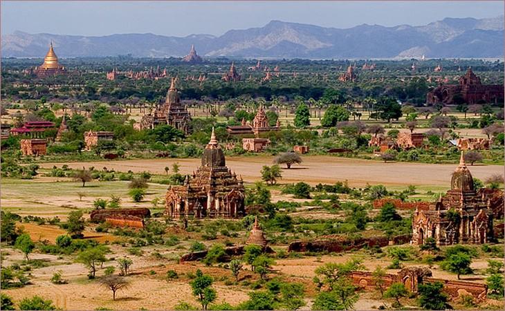 Президент США официально отменил санкции против Мьянмы - ảnh 1
