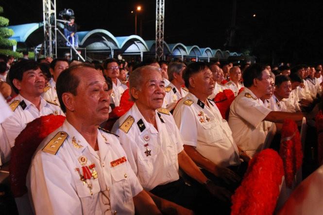 Во Вьетнаме отмечают 55-летие со дня открытия тропы Хо Ши Мина на море - ảnh 1