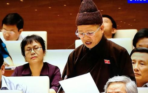 Парламент Вьетнама рассмотрел проект Закона о религиях и вероисповедании - ảnh 1