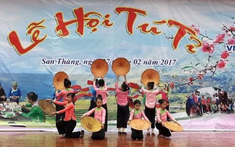 Культурные фестивали провинции Лайтяу - ảnh 4
