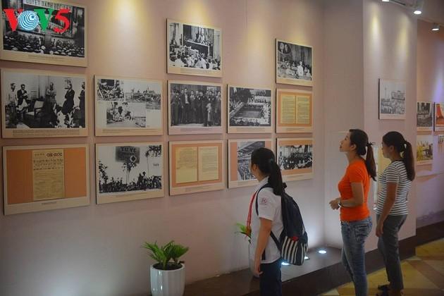 Место, где президент Хо Ши Мин написал Декларацию независимости Вьетнама - ảnh 3
