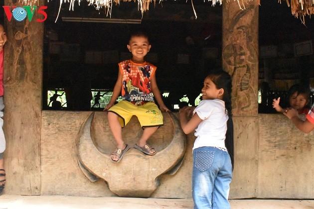 Дом на сваях «Гыол» в общине Ланг - ảnh 2