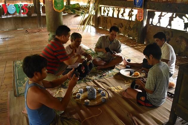 Дом на сваях «Гыол» в общине Ланг - ảnh 4