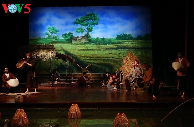 Программа «Душа вьетнамской деревни»: знакомство широкой публики с вьетнамской народной музыкой - ảnh 3