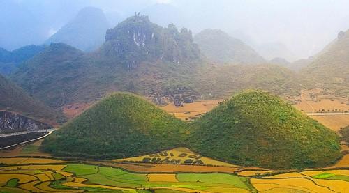 Горный уезд Куанба и легенда о горах-близнецах - ảnh 3