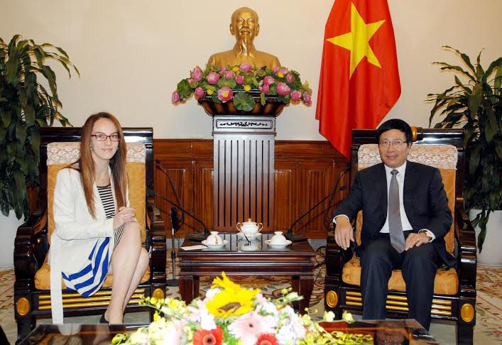 Deputy Prime Minister Minh meets the Mexican chairwoman of the Senate Foreign Policy Commission - ảnh 1