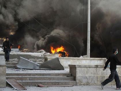 มีผู้เสียชีวิตเกือบ๙๐คนจากการโจมตีในเมืองอเลปโป - ảnh 1