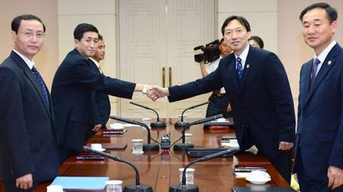 การสนทนาระดับสูงระหว่างสาธารณรัฐเกาหลีและสาธารณรัฐประชาธิปไตยประชาชนเกาหลีไม่สามารถบรรลุความคืบหน้า - ảnh 1