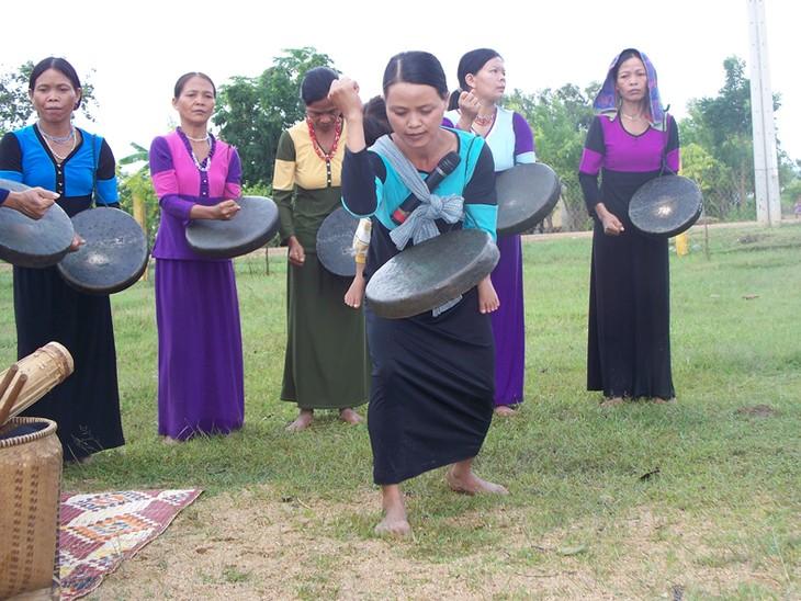 ชนเผ่าน้อยราค์ลายในเวียดนาม - ảnh 1