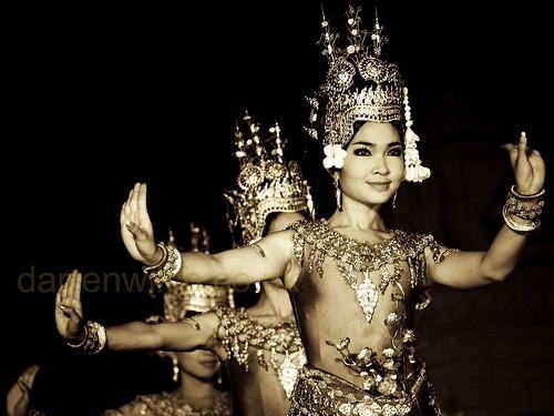 ชุดฟ้อนรำต่างๆของประเทศอาเซียน - ảnh 10