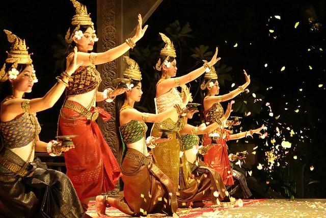 ชุดฟ้อนรำต่างๆของประเทศอาเซียน - ảnh 11