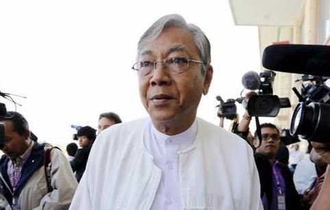 ประธานาธิบดี ถิ่นจอของพม่ายื่นแผนการจัดตั้งรัฐบาลชุดใหม่ต่อรัฐสภา - ảnh 1