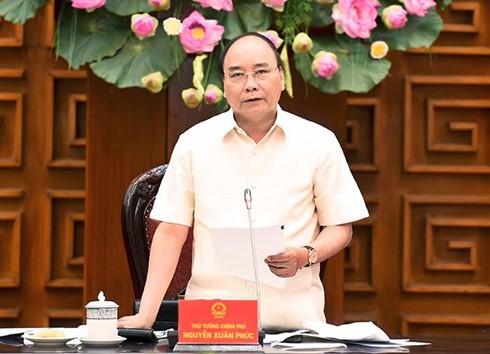 นายกรัฐมนตรีกำชับให้จังหวัดกอนตุมผลักดันการปรับปรุงโครงสร้างหน่วยงานการเกษตร - ảnh 1