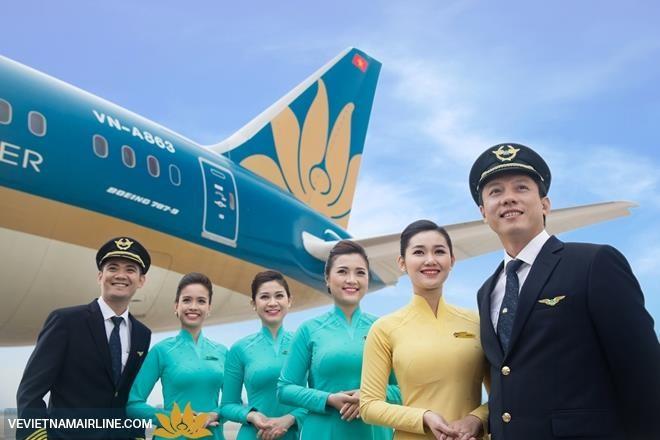 เวียดนามแอร์ไลน์ได้รับหนังสือรับรองเป็นสายการบินนานาชาติระดับ๔ดาว - ảnh 1