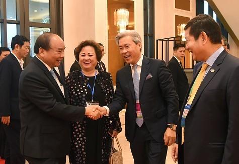 นายกรัฐมนตรีเวียดนามพบปะกับนักลงทุนในภูมิภาคเอเชีย-แปซิฟิก - ảnh 1