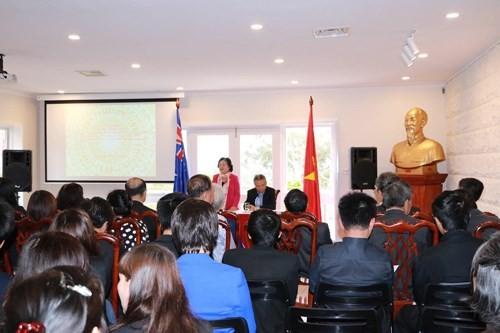 ชาวเวียดนามที่อาศัยในประเทศออสเตรเลียมุ่งใจสู่ปิตุภูมิ - ảnh 1