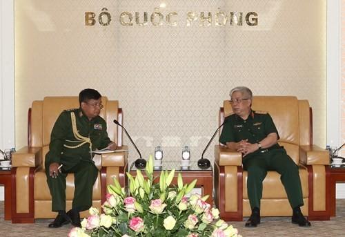 เวียดนามให้ความสำคัญต่อความสัมพันธ์ร่วมมือด้านกลาโหมกับเมียนมาร์ - ảnh 1