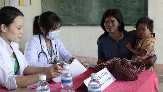 สถานประกอบการเวียดนามลงทุนพัฒนาชุมชนในกัมพูชา - ảnh 1
