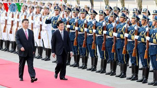 ผู้นำเวียดนาม-จีนได้แสดงความพึงพอใจต่อพัฒนาการใหม่ที่ดีงามในความสัมพันธ์ทวิภาคี - ảnh 1