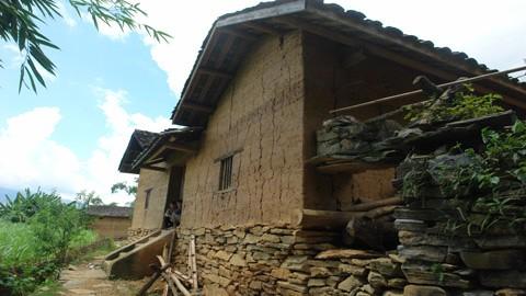 สถาปัตยกรรมบ้านเรือนของชนเผ่าหนุ่ง - ảnh 2