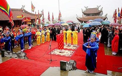 Phu Tho성 민족 동포의 훙 왕 숭배 신앙 - ảnh 3