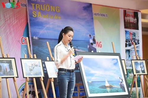 Người đẹp Truyền thông Ngọc Vân về trường cũ kêu gọi gây quỹ 'Vì Trường Sa' - ảnh 3
