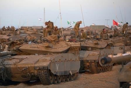 Израиль продолжает наносить авиаудары по сектору Газа - ảnh 1