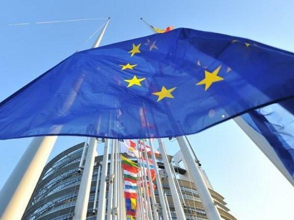 Литва преодолела последнюю преграду для вступления в Еврозону - ảnh 1