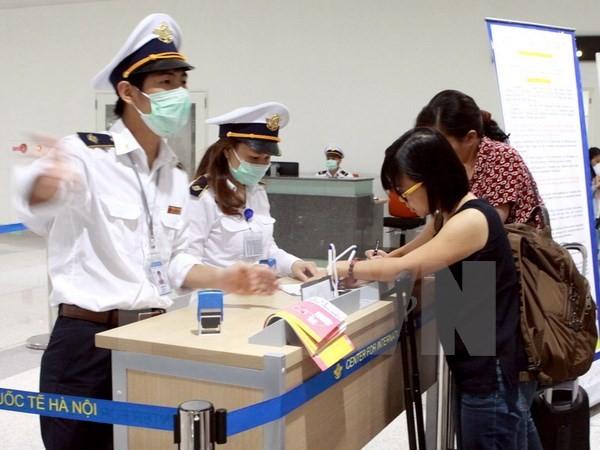 Во Вьетнаме усиливаются меры по недопущению проникновения коронавируса MERS - ảnh 1