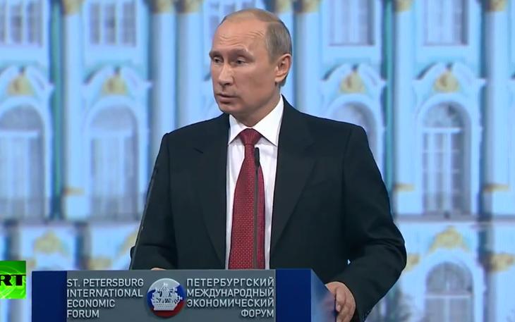 Владимир Путин: Российская экономика стабильна невзирая на санкции - ảnh 1
