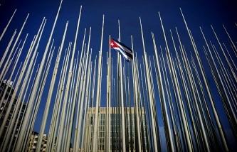 ГА ООН приняла резолюцию, осуждающую эмбарго в отношении Кубы  - ảnh 1