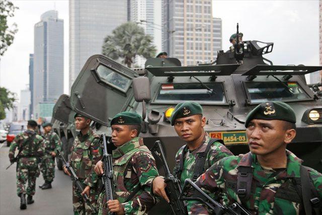 В Алжире и Индонезии задержаны более 20 сторонников ИГ - ảnh 1