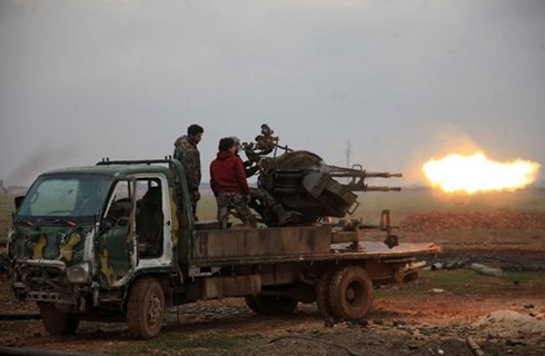 35 сирийских военных погибли в результате нападений боевиков ИГ - ảnh 1