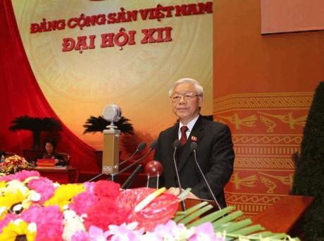 12-й Съезд КПВ: Преврашение Вьетнама в современную индустриальную страну в скорейшем порядке - ảnh 1