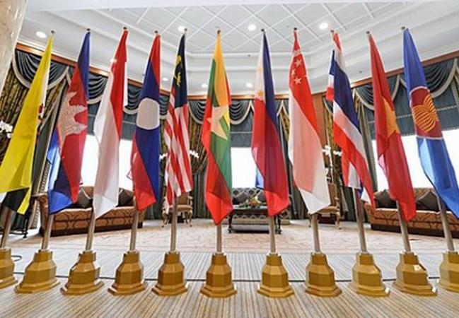 В Бангкоке проходит 21-я конференция министров иностранных дел АСЕАН – ЕС  - ảnh 1